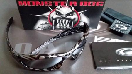 Oakley_monster_dogtribalstlate_irid
